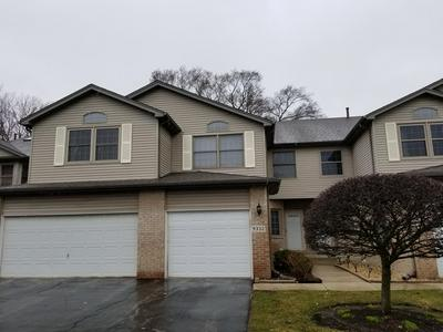 9332 S 79TH AVE, HICKORY HILLS, IL 60457 - Photo 1