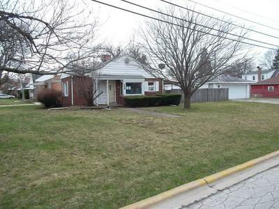 346 MAPLE LN, Hillside, IL 60162 - Photo 1
