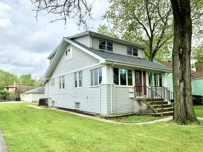 18268 BURNHAM AVE, Lansing, IL 60438 - Photo 2