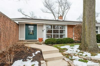 719 CARRIAGE HILL DR, Glenview, IL 60025 - Photo 1