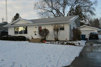228 ROBINSON DR, Morris, IL 60450 - Photo 2