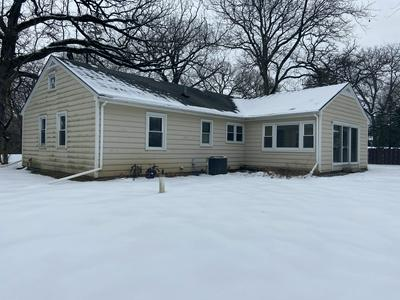 252 WOODBINE PL, North Barrington, IL 60010 - Photo 1