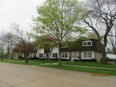 865 COUNTRY CLUB DR APT D, LIBERTYVILLE, IL 60048 - Photo 1