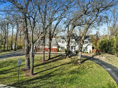 8002 W 127TH ST, Palos Park, IL 60464 - Photo 1