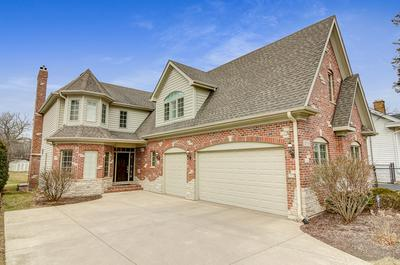 3926 STERLING RD, Downers Grove, IL 60515 - Photo 1
