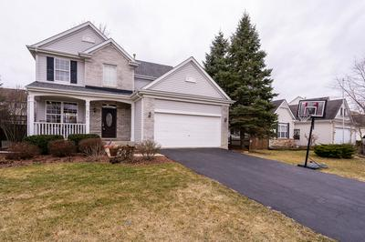 561 NEEDLEGRASS PKWY, ANTIOCH, IL 60002 - Photo 2