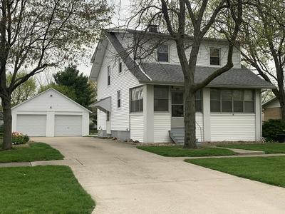 208 E LINCOLN ST, Buckley, IL 60918 - Photo 1