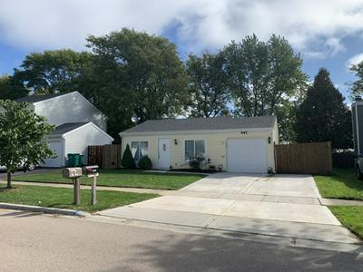2S647 WEMBLY DR, Warrenville, IL 60555 - Photo 1