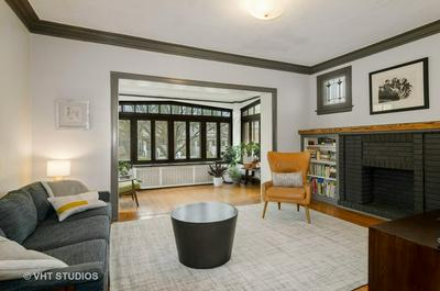 2025 W TOUHY AVE, Chicago, IL 60645 - Photo 2