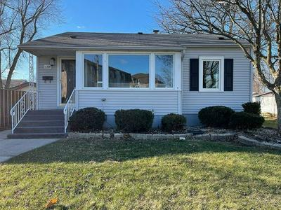 18538 WENTWORTH AVE, Lansing, IL 60438 - Photo 1