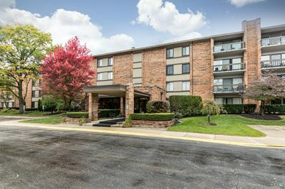 201 LAKE HINSDALE DR APT 306, Willowbrook, IL 60527 - Photo 2