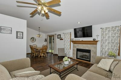 797 IRVING AVE, Woodstock, IL 60098 - Photo 2