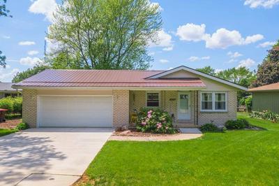 202 N JAYNE ST, Heyworth, IL 61745 - Photo 1