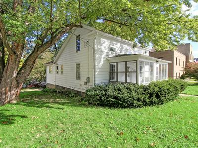 207 W MADISON ST, Yorkville, IL 60560 - Photo 2