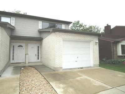 324 BROOKDALE DR APT C, Bloomingdale, IL 60108 - Photo 1