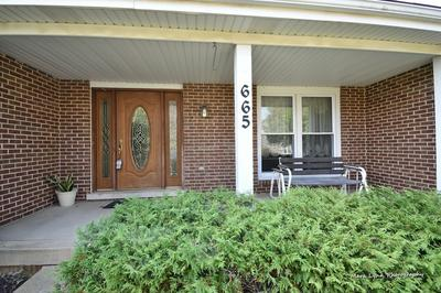 665 ANDREW LN, Carol Stream, IL 60188 - Photo 2