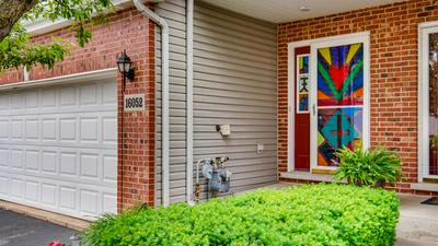 16052 GOLFVIEW DR, Lockport, IL 60441 - Photo 2