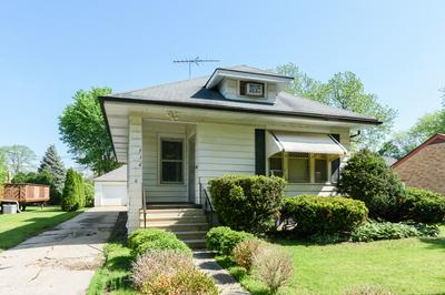 716 LIBERTY ST, West Dundee, IL 60118 - Photo 1