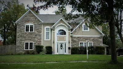 285 W THACKER ST, Hoffman Estates, IL 60169 - Photo 1