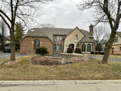 11438 RIDGEWOOD LN, Burr Ridge, IL 60527 - Photo 2