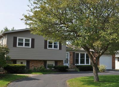 58 HAWTHORNE DR, Lindenhurst, IL 60046 - Photo 1