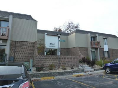 7300 FAIRVIEW AVE APT 204, DOWNERS GROVE, IL 60516 - Photo 1