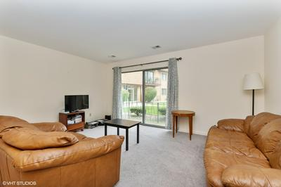 4819 W 109TH ST APT 102, Oak Lawn, IL 60453 - Photo 2