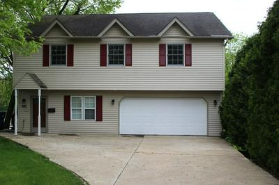 889 N RIVER DR, Kankakee, IL 60901 - Photo 1