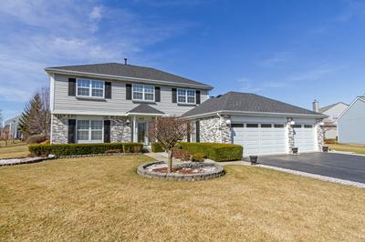 642 TARTANS DR, WEST DUNDEE, IL 60118 - Photo 2