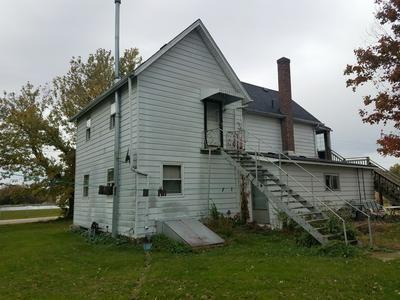 309 N 6TH ST, KIRKLAND, IL 60146 - Photo 2