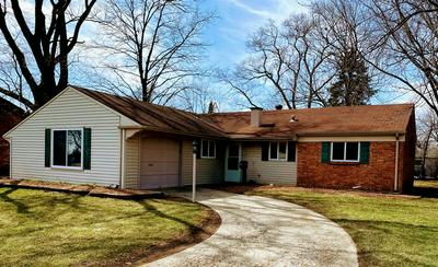 82 OXFORD LN, GLENDALE HEIGHTS, IL 60139 - Photo 1