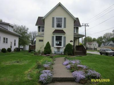 411 8TH AVE, Sterling, IL 61081 - Photo 2