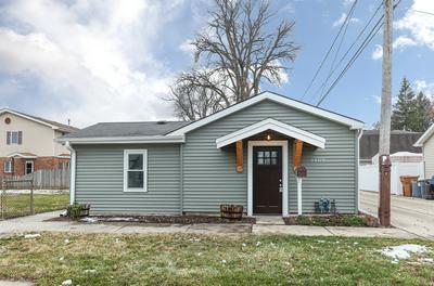 9400 S 54TH CT, Oak Lawn, IL 60453 - Photo 1