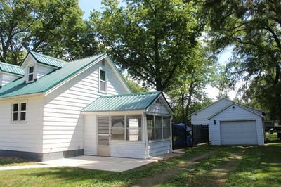 311 FISHER ST, Henry, IL 61537 - Photo 2
