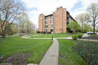 201 LAKE HINSDALE DR APT 312, Willowbrook, IL 60527 - Photo 1