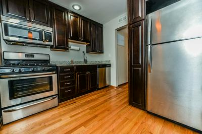 5400 CARRIAGEWAY DR APT 206, ROLLING MEADOWS, IL 60008 - Photo 2