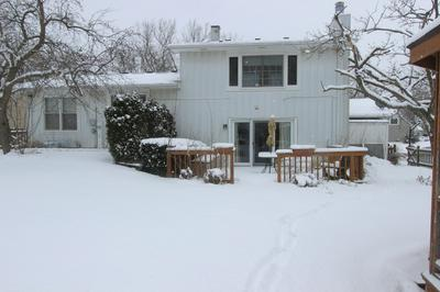 724 W MAIN ST, CARY, IL 60013 - Photo 2