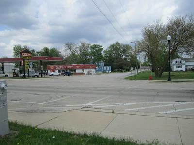 86 S SOMONAUK RD, Cortland, IL 60112 - Photo 2