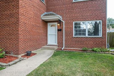 29 E THORNDALE AVE, Roselle, IL 60172 - Photo 2