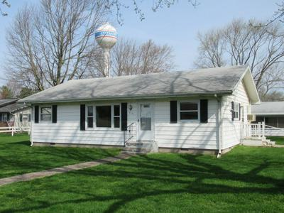 404 W CHARLESTON RD, Ashmore, IL 61912 - Photo 1