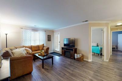129 GLENGARRY DR APT 109, Bloomingdale, IL 60108 - Photo 2
