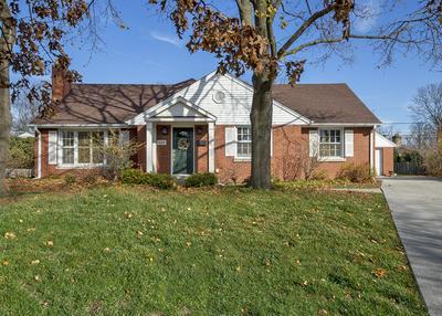 637 GARDEN CT, Glenview, IL 60025 - Photo 2