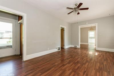 716 LIBERTY ST, West Dundee, IL 60118 - Photo 2