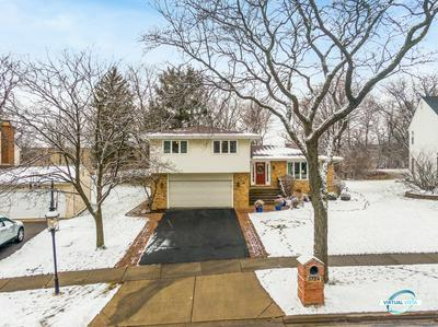 3724 DOWNERS DR, Downers Grove, IL 60515 - Photo 1