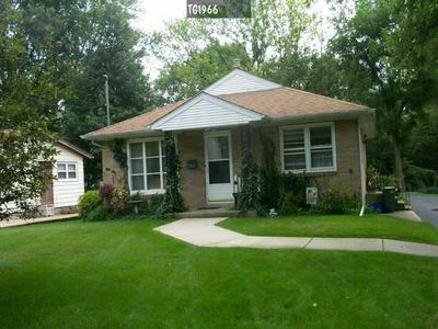 708 SPRUCE ST, DIXON, IL 61021 - Photo 1
