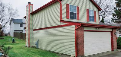 1 WARWICK CT, Streamwood, IL 60107 - Photo 2