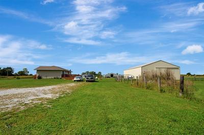 552 E DELITE INN RD, Beecher, IL 60401 - Photo 2