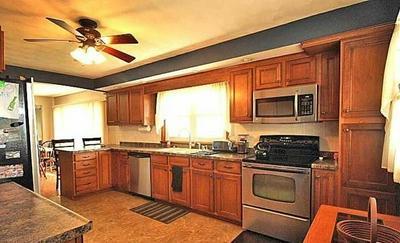 815 TISDEL AVE, Warren, IL 61087 - Photo 2