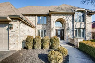 8418 BUCKINGHAM CT, WILLOW SPRINGS, IL 60480 - Photo 1