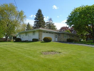1408 JEFFERSON ST, Mendota, IL 61342 - Photo 2